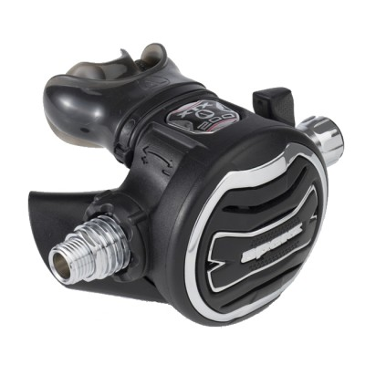 Apeks XTX200 Regulator And Egress Octopus Set